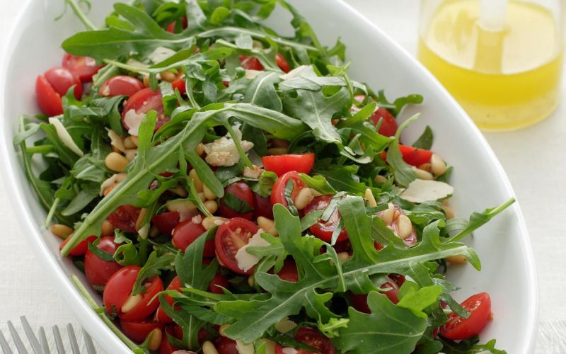 tomato-rocket-and-pine-nut-salad.jpg